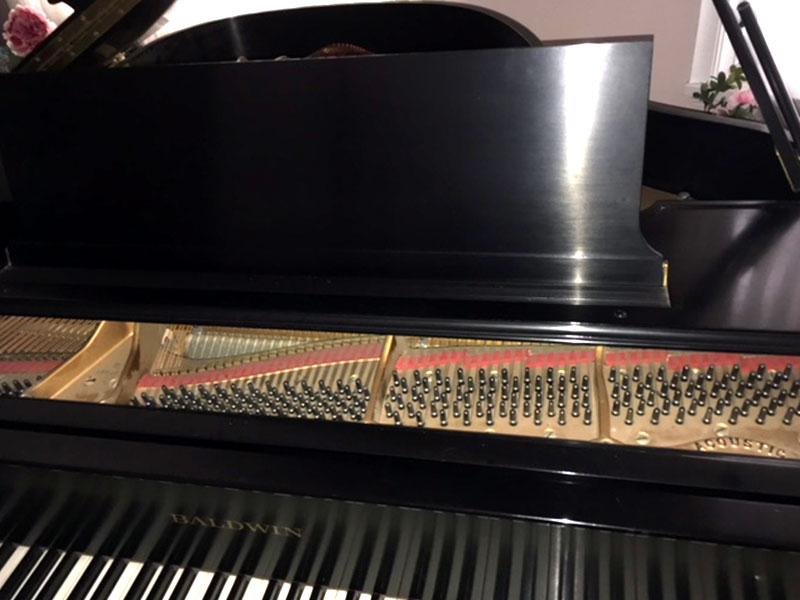 Le clavier du Piano Baldwin queue