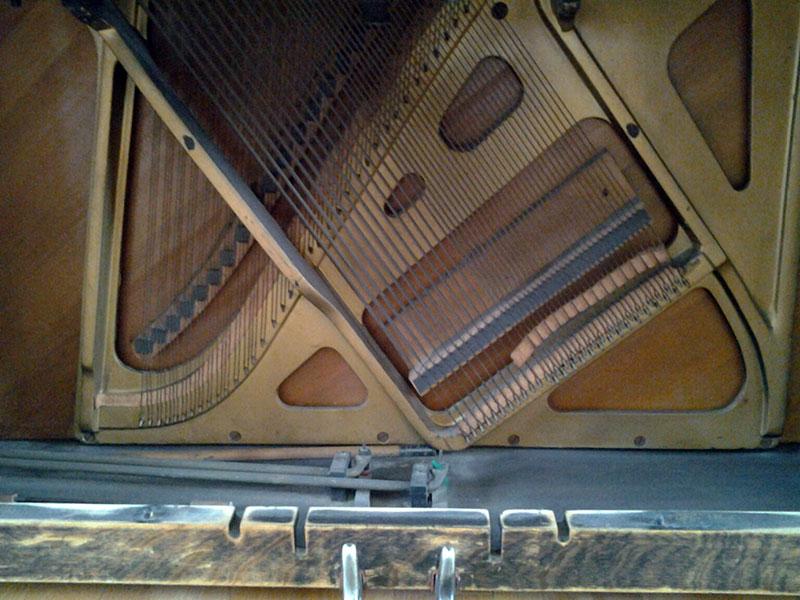 La table d'harmonie du Piano Cable