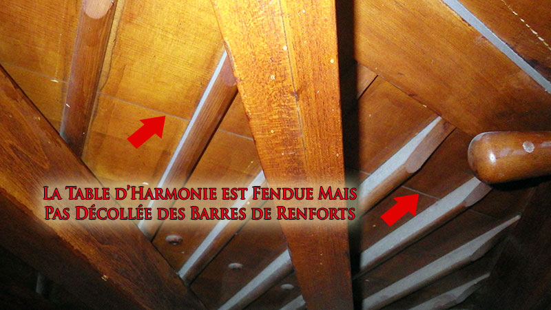 Table d'harmonie fendue dans le piano Newcombe