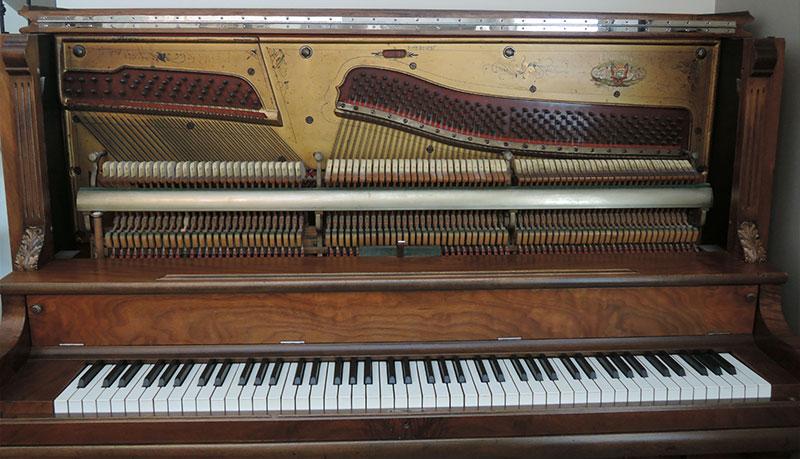 Intérieur du Piano droit Palmer