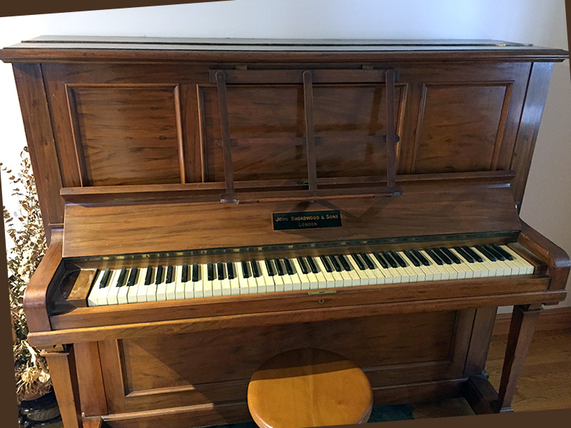 Piano droit Broadwood