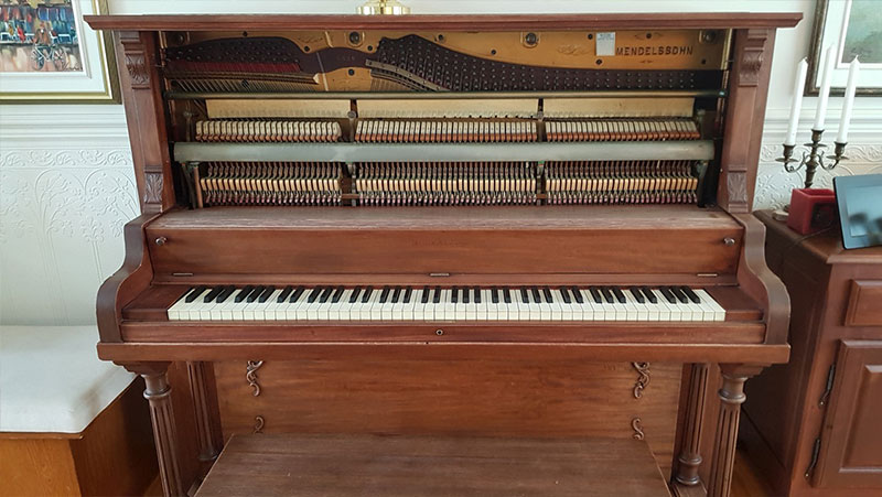 Meuble du Piano Mendelssohn