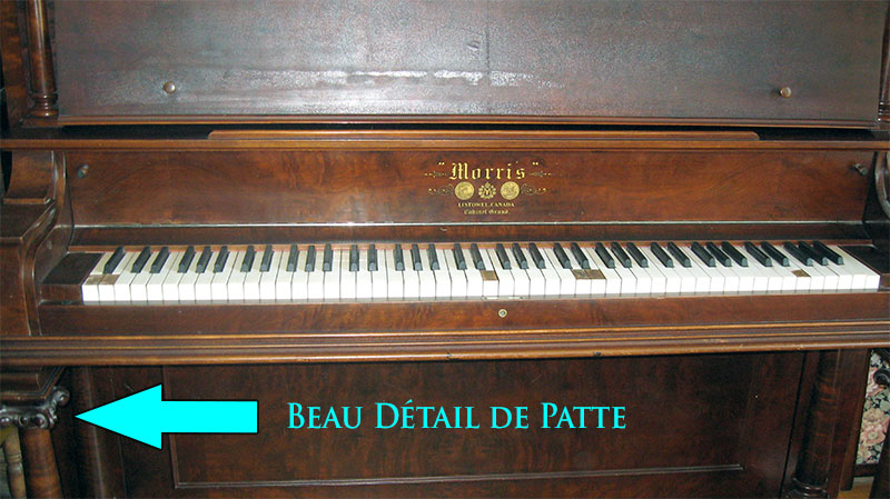 Piano upright grand Morris