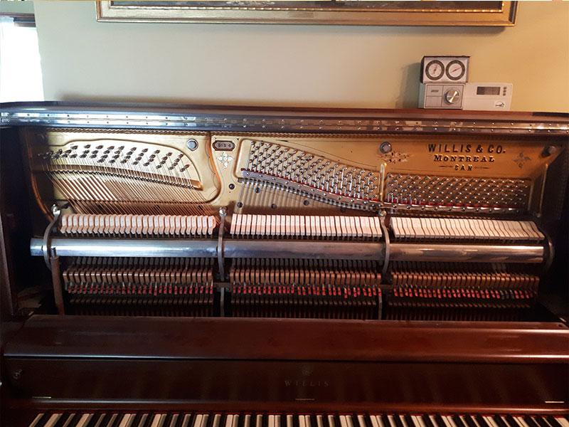 Mécanique et restauration du Piano droit Willis de 1902