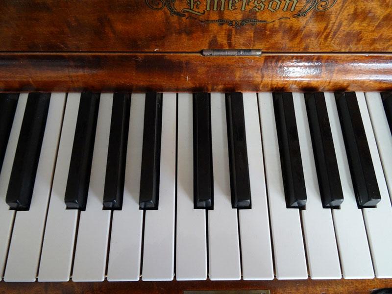 Clavier du Piano Emerson