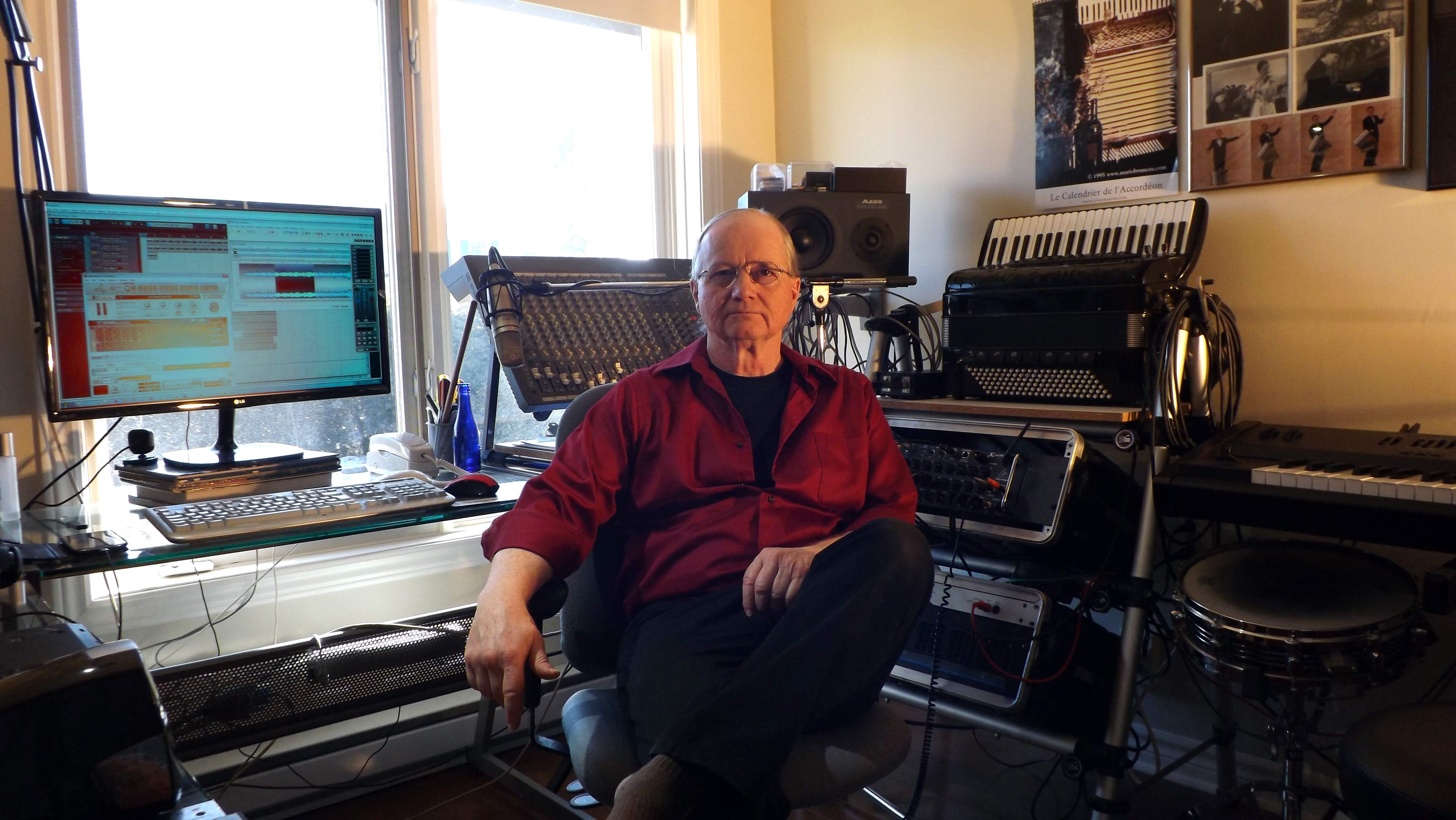 compositeur de musique de film  pianiste et accord u00e9oniste