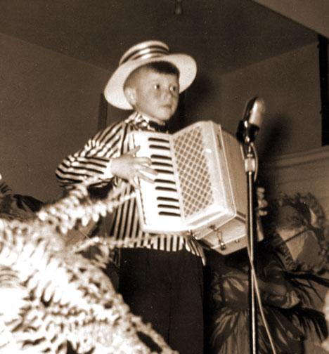 Mario Bruneau accordéoniste débuts